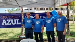 Members of Rotary Club of Timbó raising awareness for men's health. Photo coutesy of Rotary Club of Timbó's Public Image Committee.