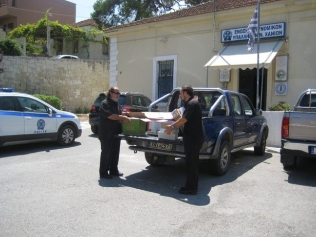 RCC of Chania Rotary Club's donates supplies to victims of fires in East Athens, Attica