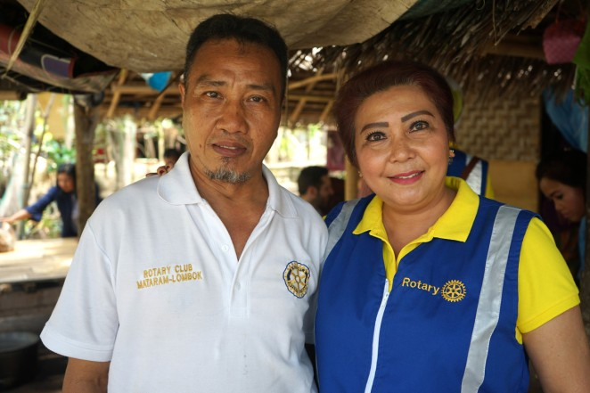 Rotarians Herman and Lisa from the Rotary Club of Mataram Lombok