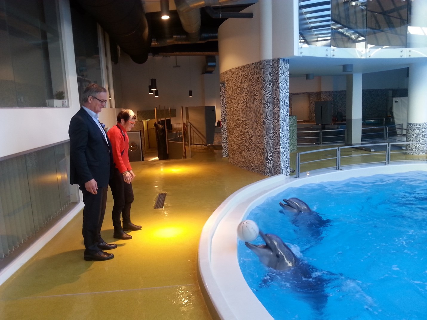 Trustee Per and PDG Anette at the Dolphin Assisted Therapy Center (DAT) in Klaipeda, Lithuania.
